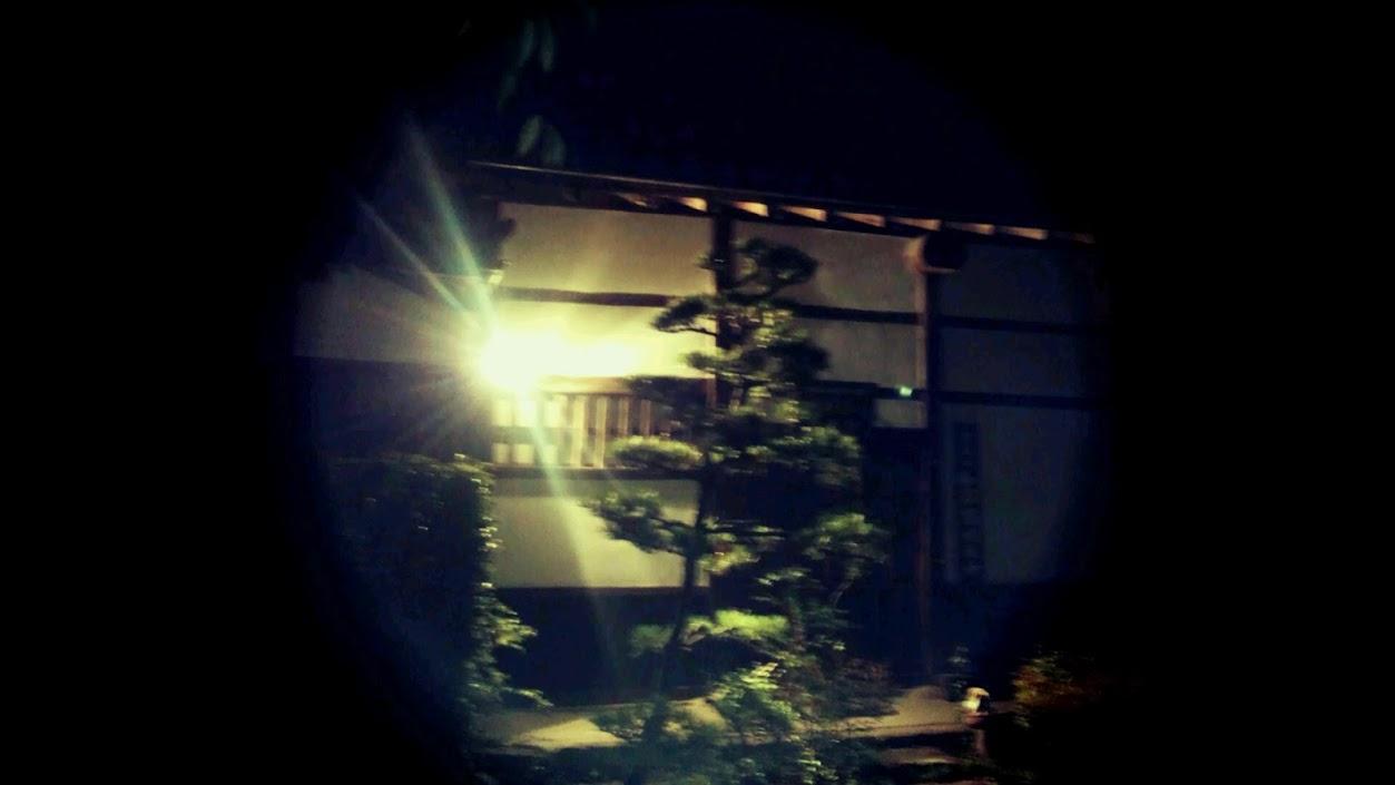 冬に撮影したスマホで撮った近くの神社: Japanese Culture like Fairy tale.